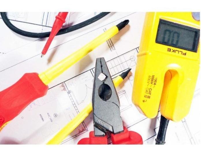 Altas de luz: Servicios de Energías Renovables Pou Clar S.L.