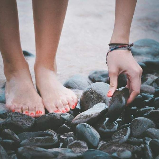 Algunos consejos para cuidar los pies en verano