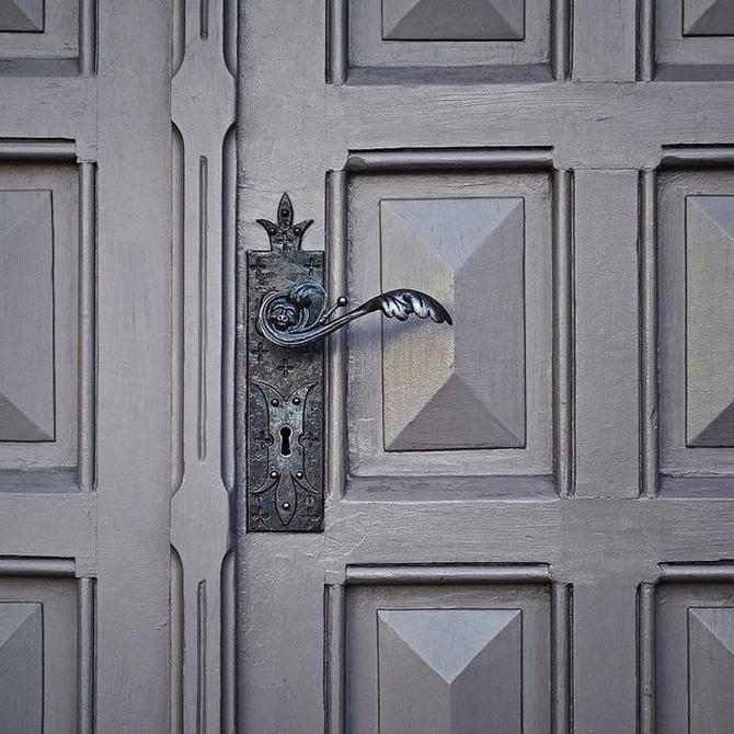 Consejos para el cuidado de tu puerta metálica
