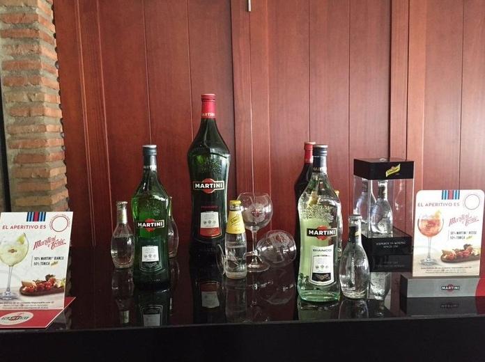Aperitivos por copas y vinos D.O. Sierras de Málaga: Carta y menús de El Reservado Restaurante