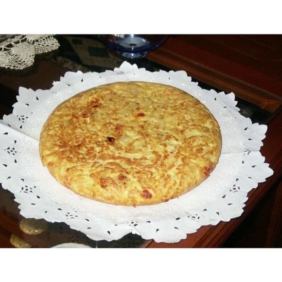 Huevos y empanadas: Especialidades de PASTELERIA LORENA:    Confiteria, Bomboneria, Pasteleria, Cafeteria, Comida para llevar, Regalos,