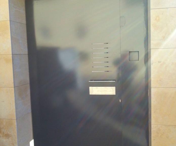 Puertas metálicas de hierro | Forja Pérez en Valls (Tarragona)