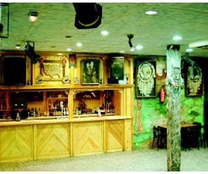 Galería de Cocina norteamericana en Leganés | Saloon - Bar El Paso