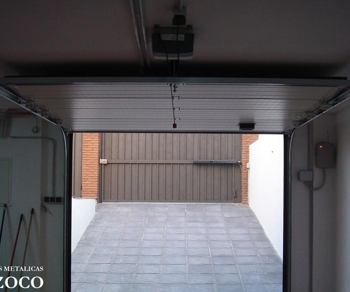 Especialista en KIT para puertas batientes y puertas seccionales en Granada