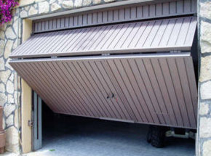 Puertas de garajes: Productos de Juan Carlos López Jimeno