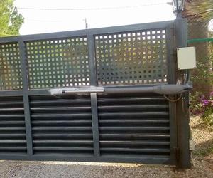 Instalación de automatismos de puertas metálicas en Tarragona