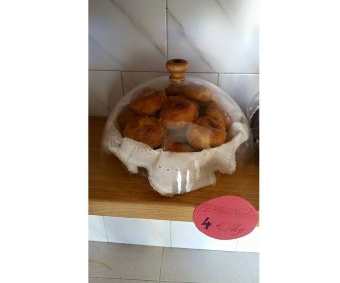 Perronillas: Productos de Panadería Galván