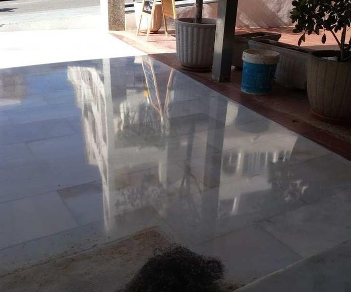 Solados y alicatados: Servicios de Servicios Integrales Marbella