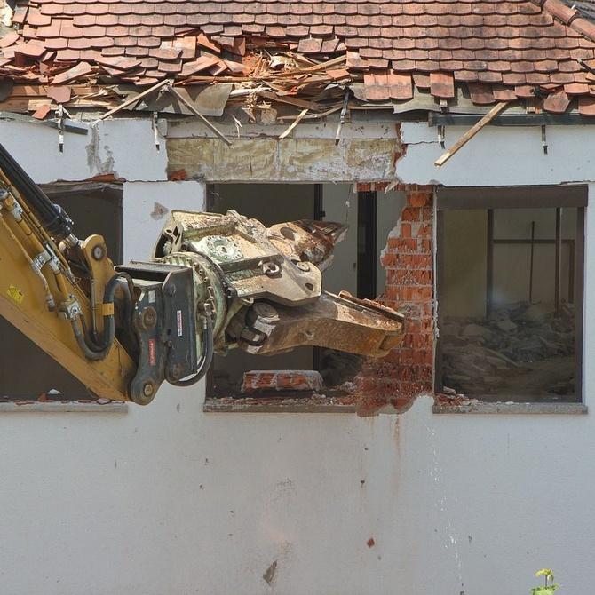 Demoler un edificio: ¿cómo se hace?