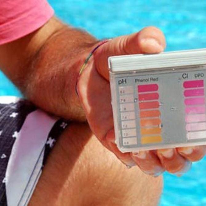 ¿Para qué sirve el cloro en las piscinas?