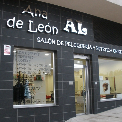 Salón de peluquería en Toledo