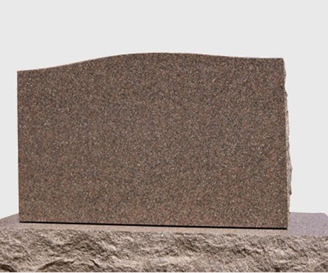 El mármol y el granito en lápidas funerarias