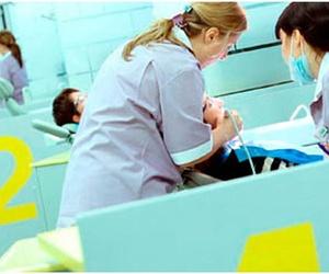Profesionales en limpieza dental en Gijón