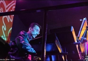Clases de Música y movimiento, lenguaje musical, clarite y saxo