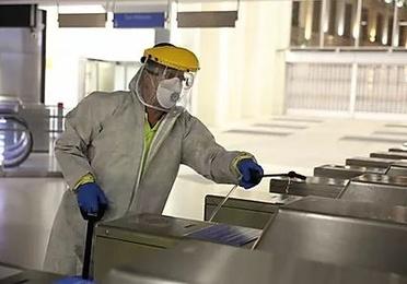 Pulverización de desinfectante
