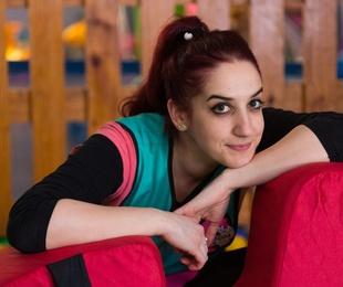 Mireia: Directora Del Centro Y Educadora