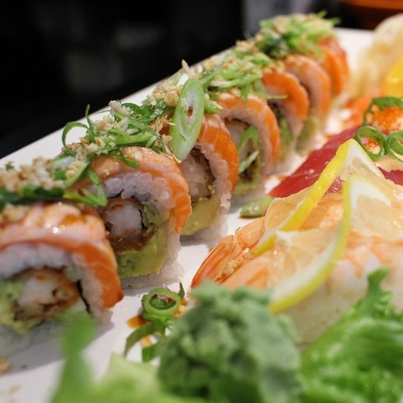 Roll especial: Carta y Menús de Restaurante Tsuruma