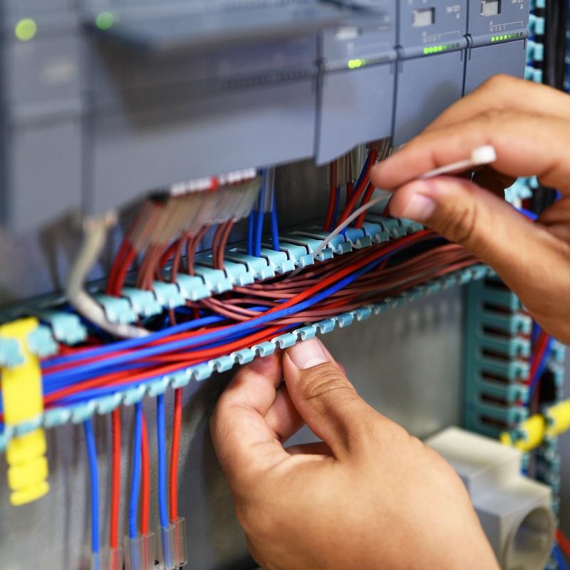 Montajes eléctricos: Servicios de Instalaciones Electroguer