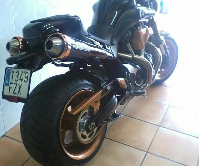 Transformacion moto japonesa,transformacion yamaha mt 01,montaje kids de rueda superancha para deportivas