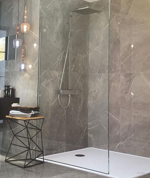 Ambiente de plato de ducha