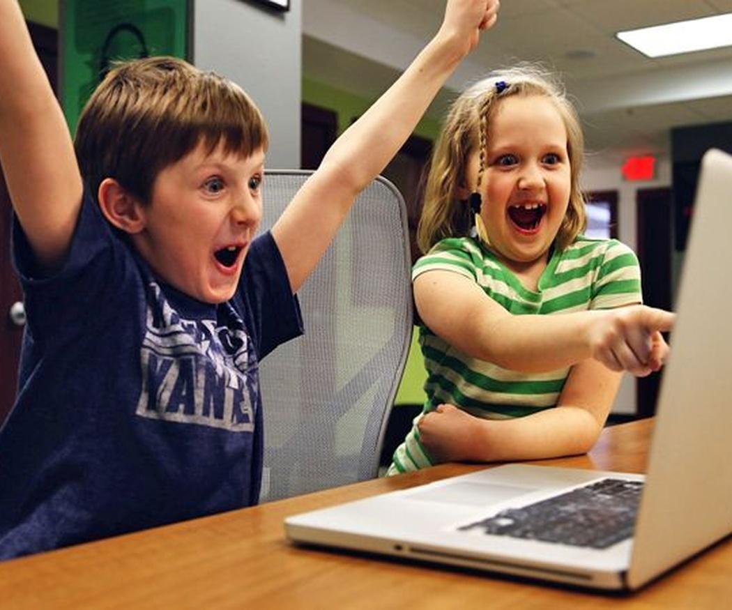 Controlar las horas que nuestros hijos miran pantallas
