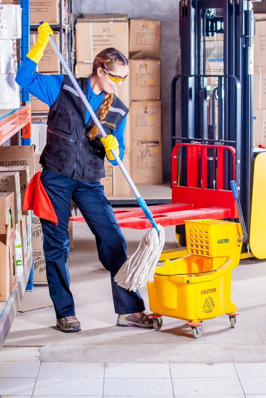 La limpieza diaria de una oficina
