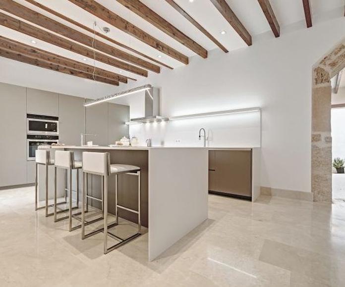 Proyecto de interiorismo en colaboración con Espacio Home Design Group: proyectos de interiorismo de Paglialonga studio interiorismo