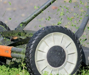 Maquinaria de jardinería a batería