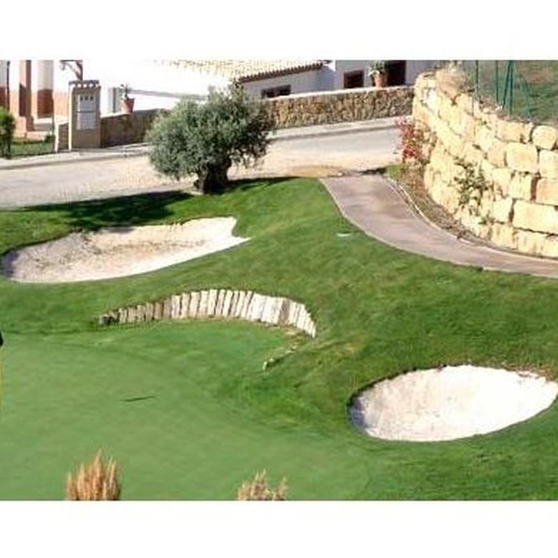 Campos de golf: Productos y servicios de Fantastic Gardens