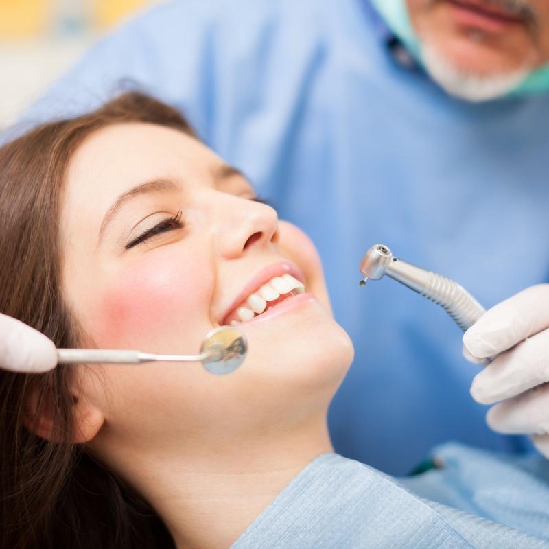 Odontología general: Tratamientos de Ibrahim Trujillo
