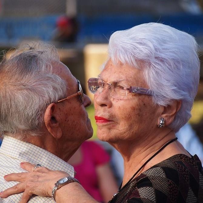 Beneficios de la música y el baile en los mayores