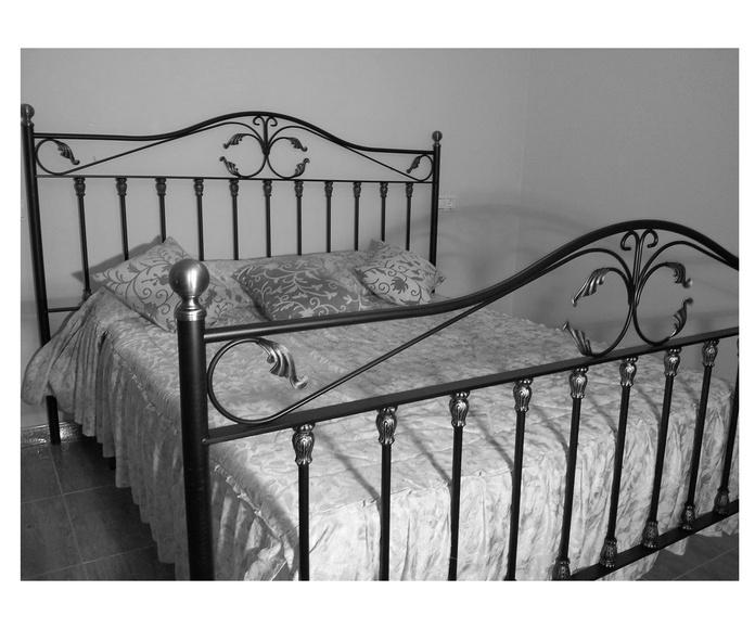 Cama Bélgica: Catálogo de muebles de forja de Forja Manuel Jiménez