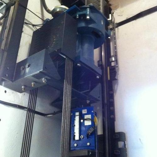 Mantenimiento y reparación de ascensores