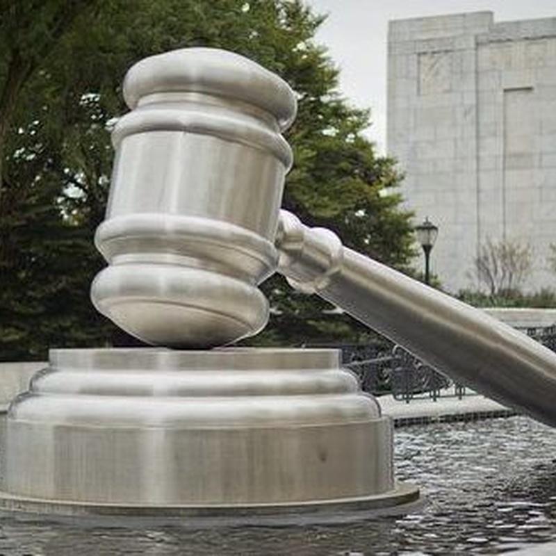 Denuncias y Acusación particular: Áreas de Actuación de De La Fuente Abogados