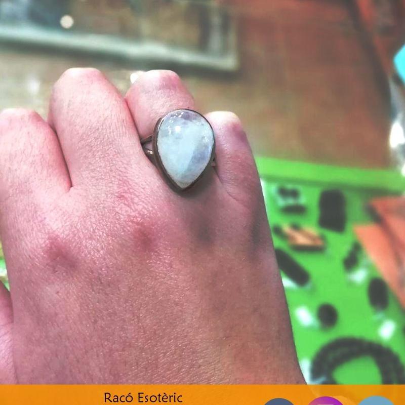 Anillo Piedra Luna: Cursos y productos de Racó Esoteric Font de mi Salut