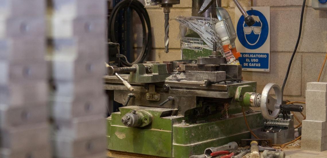 Venta de plásticos industriales en Madrid centro y otras labores de bricolaje
