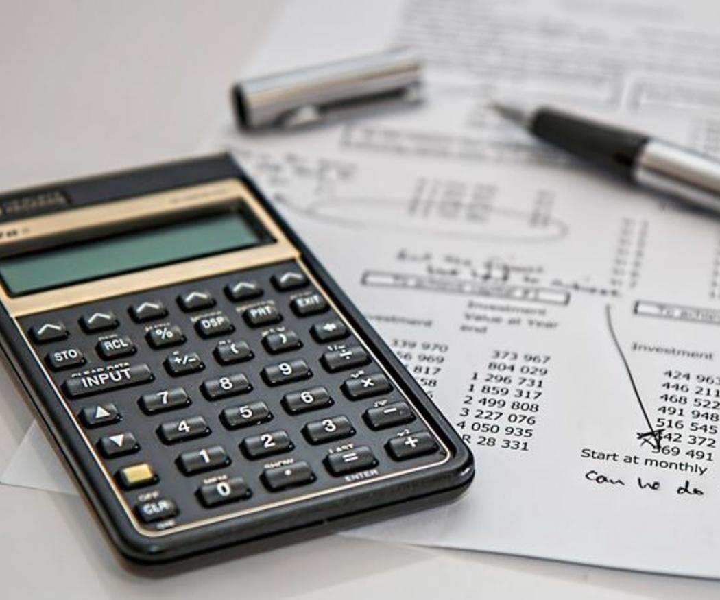 Cuándo se considera atrasada una contabilidad