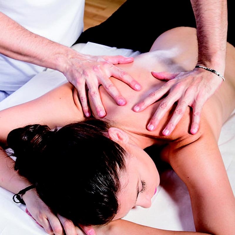 Masaje terapéutico : SERVICIOS de Cevi