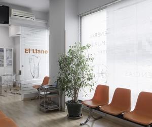 Zona de espera de nuestra clínica dental en Gijón