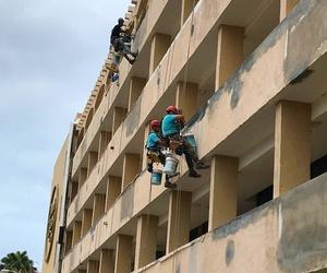Rehabilitación y pintado de fachada. (Hotel El Dorado, Gran Canaria)