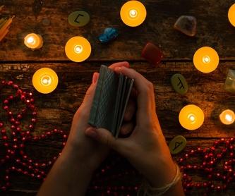 Reiki: Tarot, videncia y reiki de Penélope Tarot