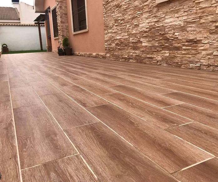 Pavimento imitación a madera para exterior: Productos y servicios de Depoceramic