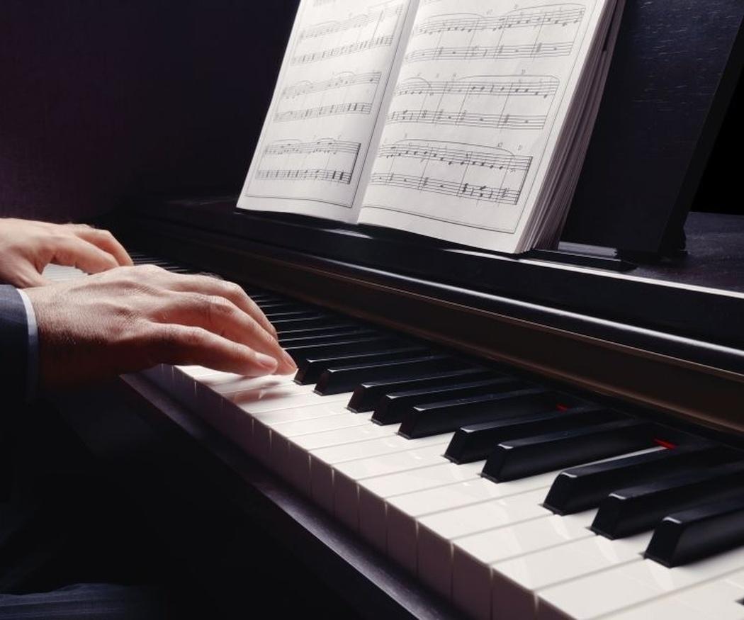 Razones científicas por las que deberías aprender a tocar el piano