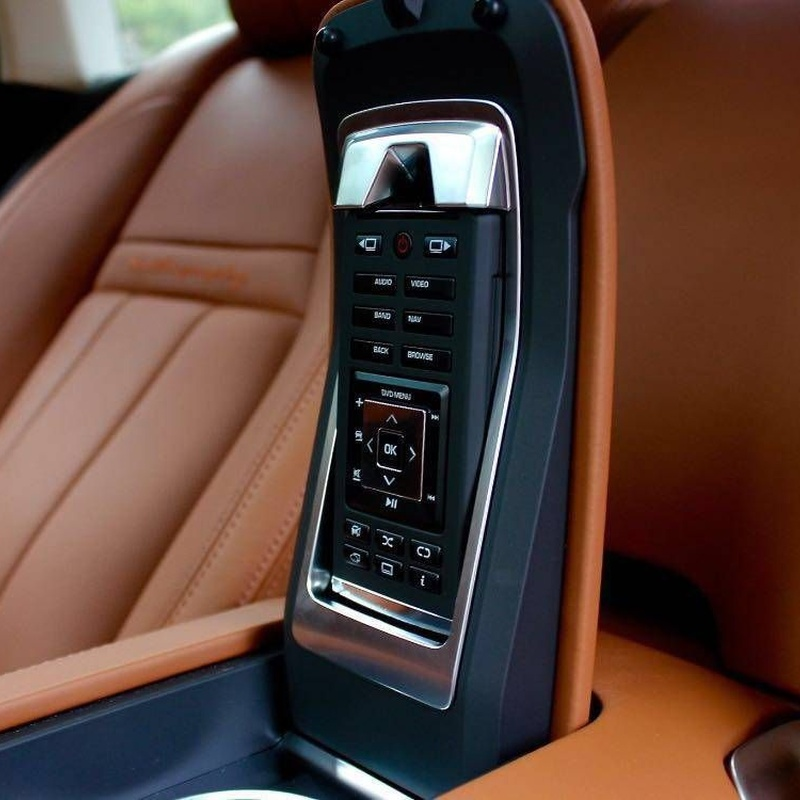 Land Rover: Servicios de Comercial Víctor