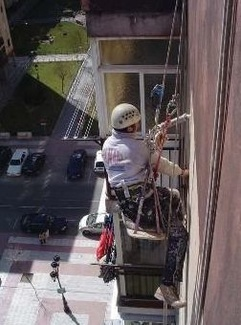 Trabajos verticales en Torrejón
