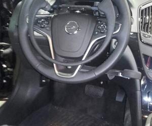 Nueva instalacion de acelerador y freno Guidosimplex en Opel Insignia