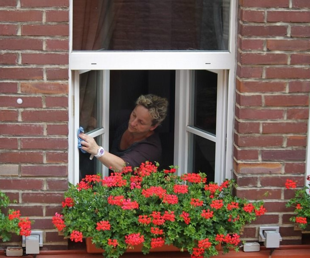 La limpieza de las ventanas de pvc