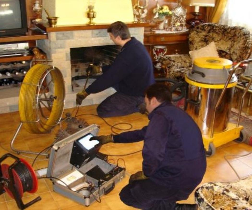 El mantenimiento de las calderas y estufas de biomasa