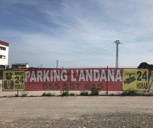 Parking logístico en Paterna