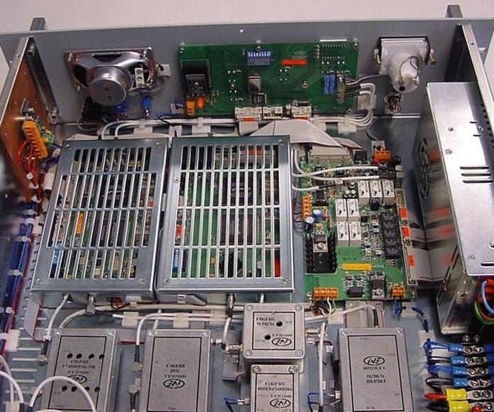 Transceptor VHF 100W: Productos de Invelco, S.A.